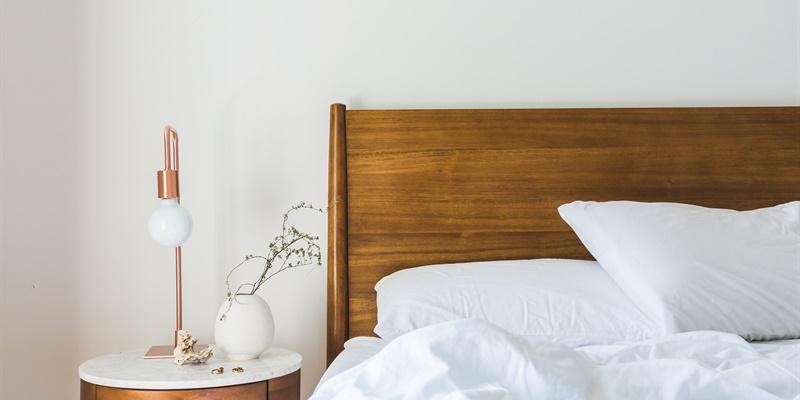 last van een vochtige slaapkamer oorzaken en oplossing